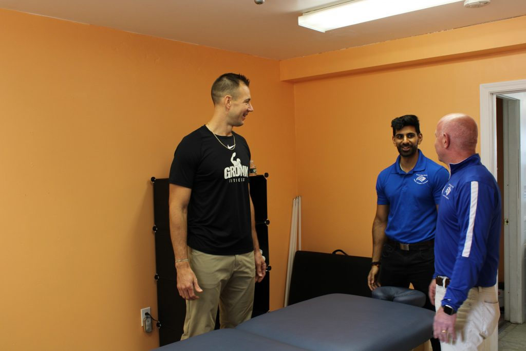 Personal Training Studio Massage Gordie Gronk